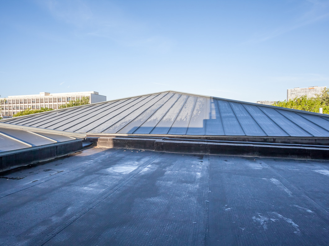 Protect your roof with an EPDM roofing membrane in Linden, NJ