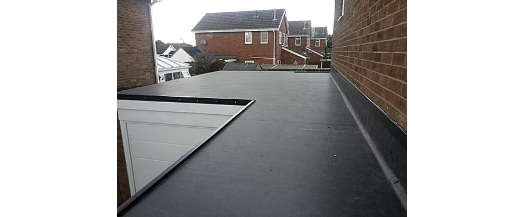 flat roof EPDM system installation